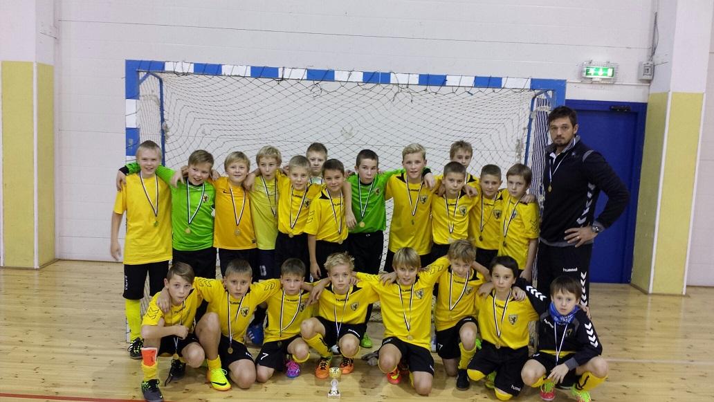 2003.a. poisid Pärnu-Jaagupis