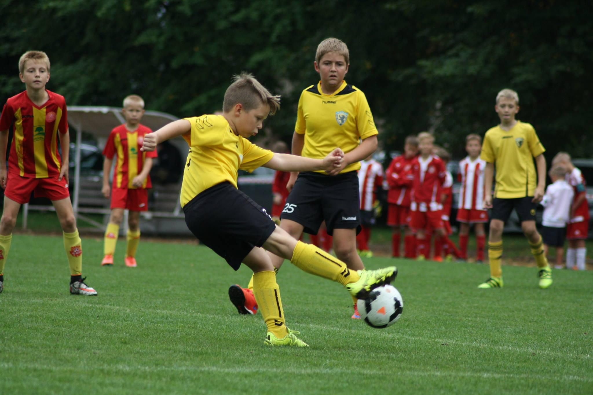 Vapruse 2006 poisid osalesid Elva Cupil